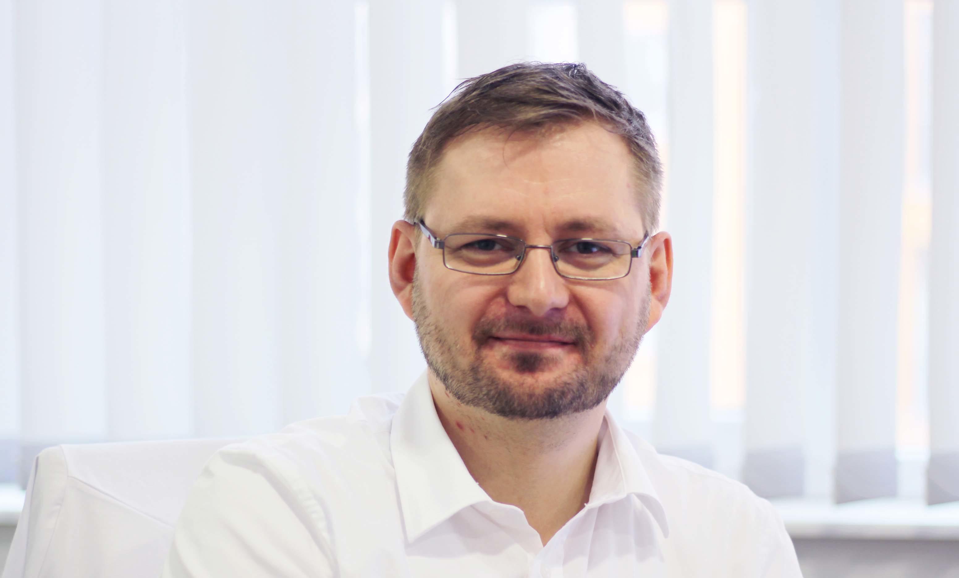 Dr. med. Thomas Henze