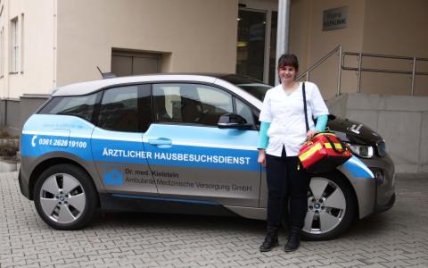 Erweiterter Hausbesuchsdienst in Erfurt mit Ärzten und speziell qualifizierten Medizinischen Fachangestellten – VERAHs® im Elektroauto