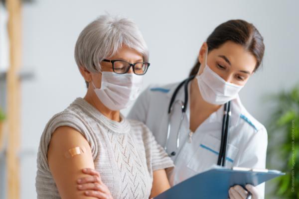 Information zur zeitlichen Staffelung bei COVID-19- und anderen Impfungen